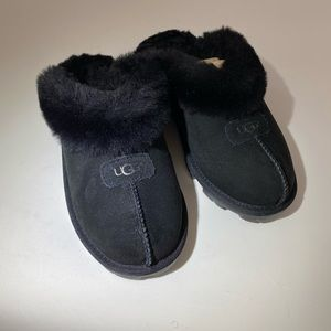 Ugg slide shoes with outdoor soles new
